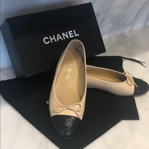Chanel Flats Classic Ballerina like New Condition